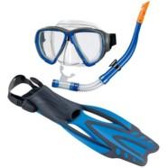 Snorkel og svømmefødder eller sikkerhedshjelm
